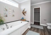 Mcilroy - DEV32643A - Bathroom