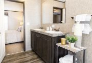 The Sundowner – SLT28603A - Bathroom