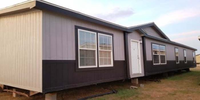Used Home-333309-Exterior 2