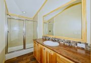 D56E-Master-Bathroom-2
